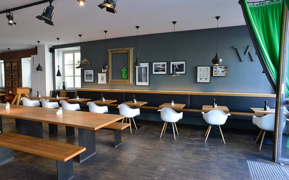 Kienholz Objektbau Supperclub Tigerlilly Landshut Referenz Im